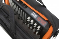 UDG Ultimate Midi Controller SlingBag Medium Black/Orange inside